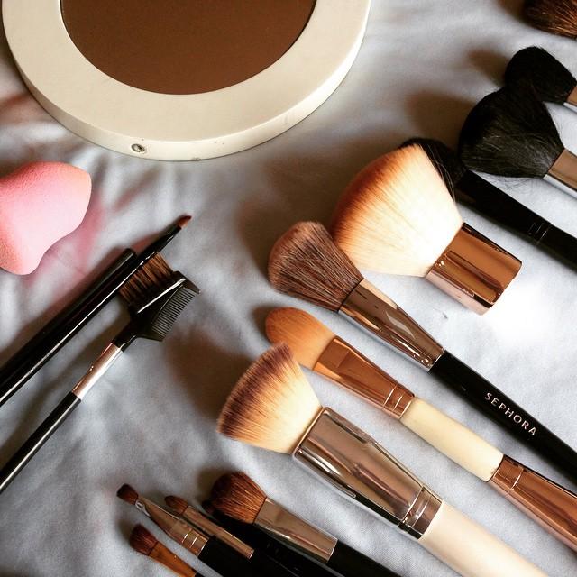This week let's… Clean makeupbrushes
