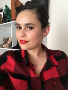 Orangy red lips