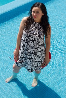 My little dress in the pool relax