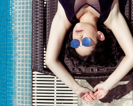 Sunbath close to the pool