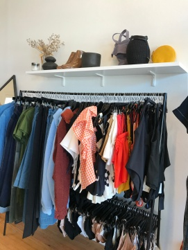 Anomie hanged clothes display
