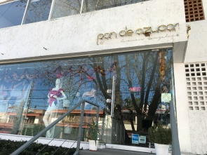 From POST: Shopping at... Pan de Azúcar
